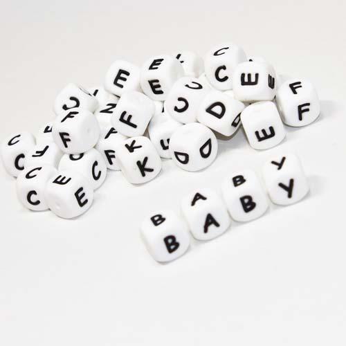 Buchstabenwürfel